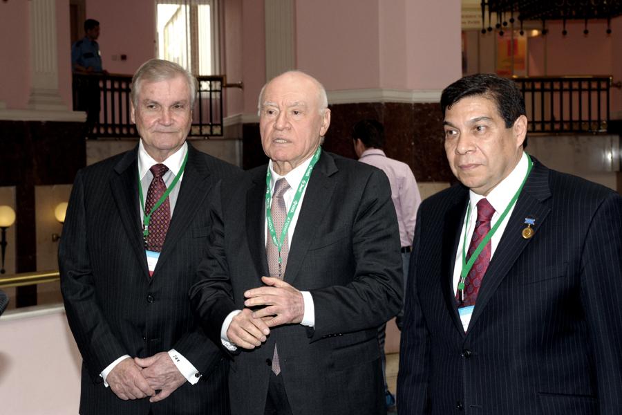 Д. Какс, Л. Бокерия и П. дель Нидо